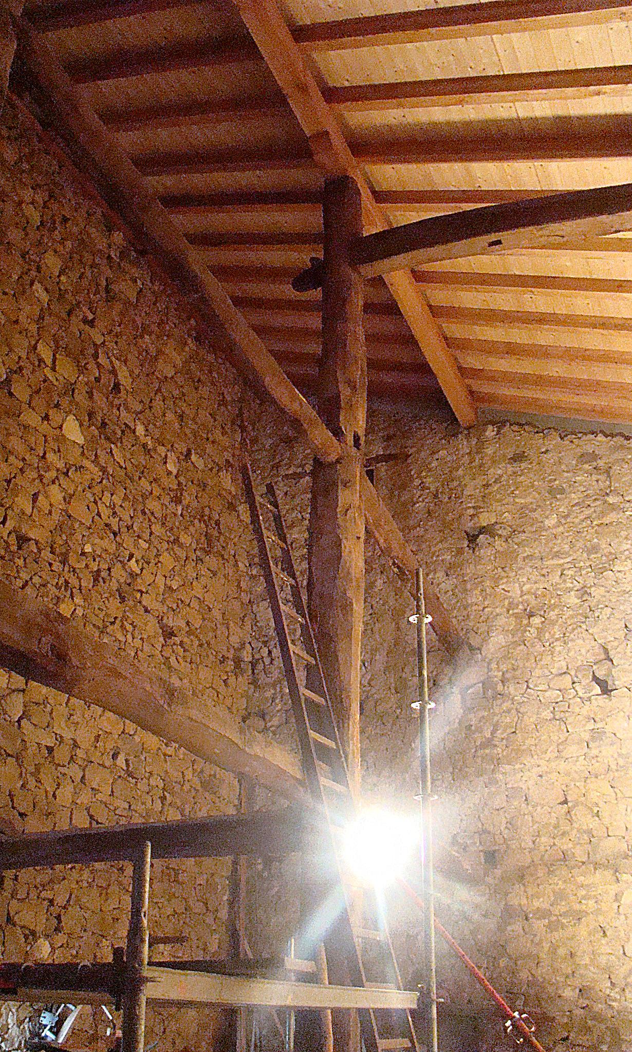 Vigas y pilares de madera maab arquitectura - Estructura madera laminada ...